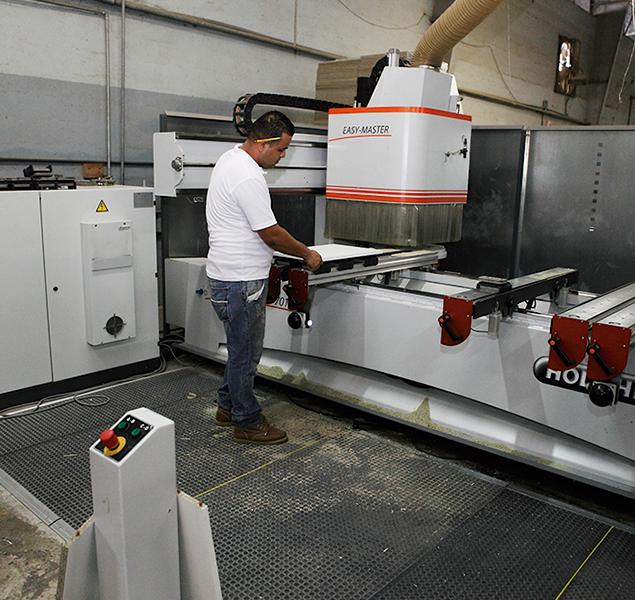 Ardeco-maquinaria_0003_Ardeco-maquinaria_0001_TALADRO-CNC-EASY-MASTER